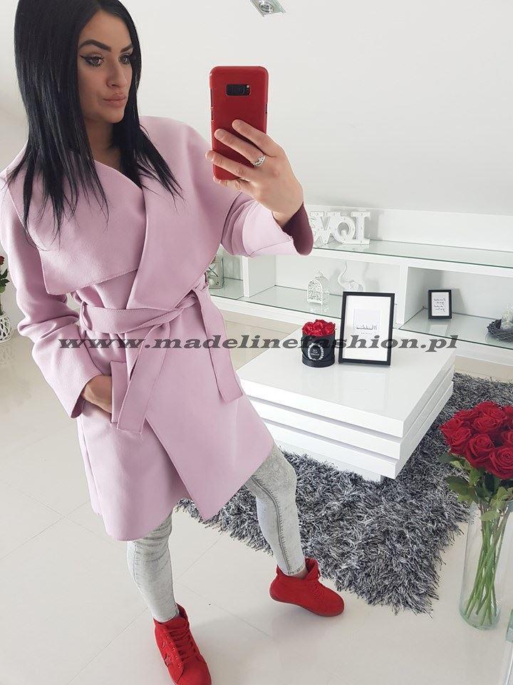 products 0003590 plaszcz pudrowy roz plus size z flauszu 44 50 1