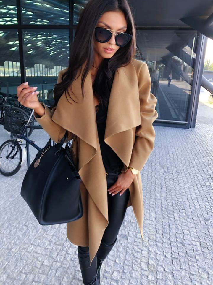 kamelowy płaszcz damski